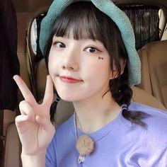 K-Pop Babe Pics – Photos of every single female singer in Korean Pop Music (K-Pop) Bubblegum Pop, South Korean Girls, Korean Girl Groups, My Girl, Cool Girl, Ribbon Hairstyle, Entertainment, G Friend, K Idol