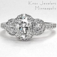most beautiful wedding ring ever.