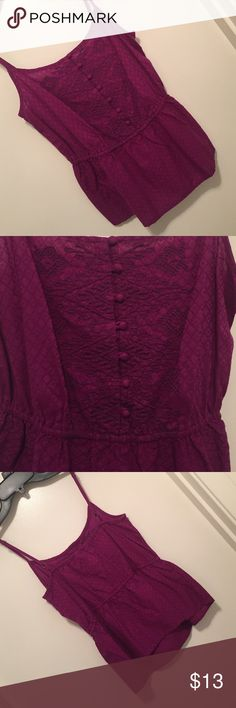 Cute purple top make offers! Cute purple top in great condition Tops Tank Tops