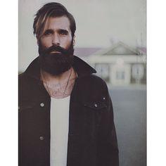 Hot Bearded Guys | POPSUGAR Love & Sex