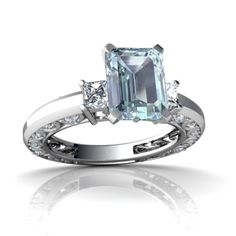 Aquamarine Rings- I want this mOre than a diamond!