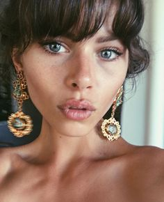 Model looking gorgeous in the the Zoe Earrings from my Byzantine Collection. Piercings, Foto Portrait, Looks Chic, Mode Inspiration, Fashion Inspiration, Diamond Are A Girls Best Friend, Mannequins, Look Fashion, Fashion Fashion