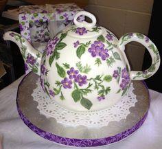 China Teapot Cake created by Craftsy Member Saskia Beaton. > I(Heart)Cake Decorating