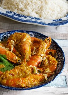 Prawn Sambal Bostador is a delicious Eurasian recipe of prawns (shrimps) cooked in a spicy chilli paste, from Singapore and Malaysia. Calamari Recipes, Prawn Recipes, Fish Recipes, Seafood Recipes, Indian Food Recipes, Asian Recipes, Ethnic Recipes, Indonesian Recipes, Asian Desserts