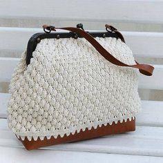 Cotton shoulder bag, 'Ivory Aura' - Crocheted Cotton Shoulder Bag in Ivory from Brazil (image 2)