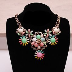 Fashion-forward #Statement #Necklace Enhancing Your Opulence for Every Occasion.