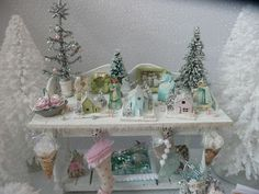 Perfect pastel Christmas table from Evelyne of Les Carnets de l'Atelier Blondie