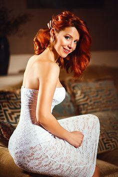 Valeriya (20 ans) : la belle et sérieuse fille #ukrainienne , #adhérente de notre #agence #matrimoniale #internationale. Référence 13698-A : http://www.inter-mariage.com/php1/content/fr/dames/fiche.php?id=13698