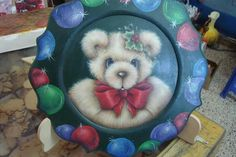 . Arte Country, Pintura Country, Christmas Pictures, Christmas Art, Gingerbread Ornaments, We Bear, Painted Plates, Snowman, Stencils