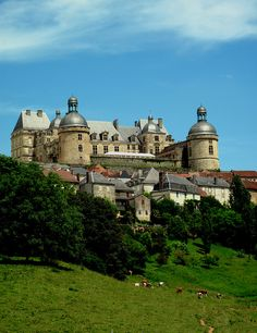 Chateau d'Hautefort - Dordogne