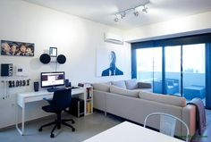 Studio Omerta designed the 'One to One Apartment' in Athens, Greece. http://en.51arch.com/2013/04/studio-omerta-one-to-one-apartment/