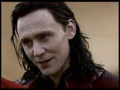 Tom Hiddleston's #ThorTDW #Loki looks paler and more delicious than ever! Also—rose red lips!