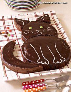 Birthday Cake In Form of Cat ~ kitty litter cake Birthday Cake For Cat, Birthday Cakes For Teens, Homemade Birthday Cakes, Birthday Recipes, Birthday Cards, Happy Birthday, Kitty Litter Cake, Kitty Cake, Teen Cakes