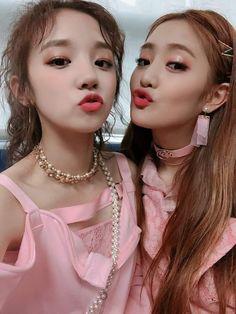Yuqi & Minnie