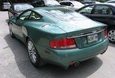 Aston Martin Vanquish (14454077496) - Aston Martin Vanquish - Wikipedia