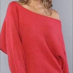 Free People Off Shoulder Sweater! Free People! Gently used Excellent used condition. Woolite washed/No dryer. Smoke/Pet free home. Free People Sweaters