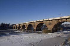 Frozen River Tay, Perth, Scotland January 2010