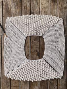 Crochet Caplet, Crochet Crop Top, Crochet Cardigan, Crochet Girls, Crochet Woman, Diy Crochet, Crochet Stitches, Crochet Patterns, Crochet Fashion