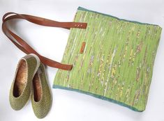 We design and create unique handwoven items . only for our customers, for them to enjoy and be happy 😎 . Go Bags, Unique Shoes, Handmade Accessories, Slow Fashion, Handmade Bags, Hand Weaving, Etsy Seller, Artisan, Bucharest