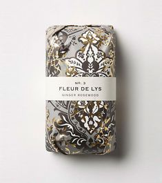 Creative Packaging, Fringe, Alchemy, Soap, and Design image ideas & inspiration on Designspiration Tea Packaging, Cosmetic Packaging, Beauty Packaging, Pretty Packaging, Brand Packaging, Packaging Ideas, Foil Packaging, Design Packaging, Pretty Things