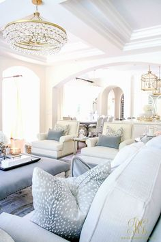How to Create a Livable + Beautiful Family Room / living room -choose throw pillows with washable fabrics - Randi Garrett Design Formal Living Rooms, My Living Room, Living Room Interior, Home Interior, Home And Living, Living Spaces, Interior Design, White Living Rooms, Beautiful Living Rooms