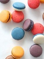 Macaron DIYs That Will Seriously Impress #refinery29..seriously no dieting here..haha