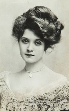 "American actress, Billie Burke (she played Glinda the Good Witch in the ""Wizard of Oz""). She was fortunate to have a lot of hair for this Gibson girl hairstyle."
