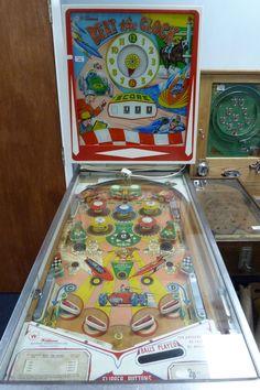 """1963 Beat the Clock """"Williams """" Pinball Machine"""