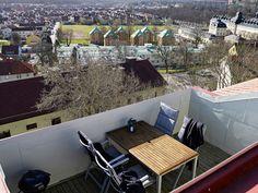 so private balcony