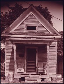 House in the Fifth Ward (Houston), 1973. Photo by Danny Lyon.