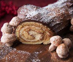 Tiramisu Yule Log: Oh gracious! I've always wanted to make a Yule Log. why not make it a Tiramisu Yule Log? Christmas Yule Log, Christmas Desserts, Winter Desserts, Delicious Desserts, Dessert Recipes, Yummy Food, Cake Recipes, Holiday Baking, Christmas Baking