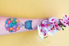 Tattoo de Fusca - Na Garupa da Vespa  #fusca #fuscatattoo #beetlecar #beetletattoo #vwtattoo #tatuagemfeminina