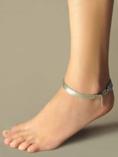 Females anklets the ideal method to bring your bijou compilation to another rank. Silver Anklets Designs, Anklet Designs, Silver Payal, Sterling Silver Anklet, Silver Jewellery Indian, Fancy Jewellery, Anklet Jewelry, Women's Jewelry, Tribal Jewelry