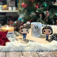 In the words of the great Lorelai Gilmore I Smell Snow . . We are forecasted for a 90% chance of snow tomorrow! Its beginning to feel a lot like Christmas around here! What better way to celebrate than with a Gilmore Girls Post?! I think a binge watch session is needed! . . Beautiful Mug by @miss_bohemia There is still time to place your Christmas orders in the UK. Use code BECCA10 to save 10% . . Lukes Diner candle by @scentpopcandles and smells like a big ol stack of pancakes with maple…