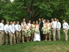 Funny Wedding Photobombs – 40 Pics Where's Waldo? Good Marriage, Marriage Tips, Funny Wedding Photos, Wedding Pictures, Reasons To Get Married, Wheres Waldo, Wedding Humor, Wedding Stuff, Wedding Ideas
