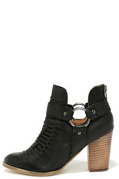 Seychelles Impossible Black Leather Ankle Booties