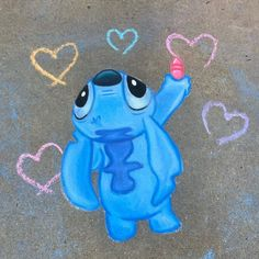 Chalk Drawings Sidewalk Discover [UPDATED] 50 Disney Chalk Art Projects (May We found simple and elaborate Disney Chalk Art to inspire you! Enjoy this huge list of Disney characters brought to life in chalk. Disney Drawings, Art Drawings, Drawing Faces, Easy Chalk Drawings, Art Simple, Chalk Design, Sidewalk Chalk Art, Disney Kunst, Art Inspo