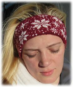 SNOW Headband is a stranded pattern with a lovely all-over snowflake design. You work the snowflake design and the solid lining in one piece and seam the headband closed. The result is a beautiful winter headband that is warm without being bulky. And, because you knit it with Knit Picks Stroll fingering yarn, the headband is machine washable. The pattern includes important information about color dominance when stranding. Look for the fingerless mitts, socks and hat patterns featuring the…