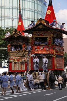 南観音山が北観音山を追い越す瞬間。 祇園祭 京都 kyoto gion festival