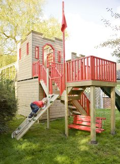 playhouses | Castle playhouse with activities (PC080929) - tree house, playhouses ...