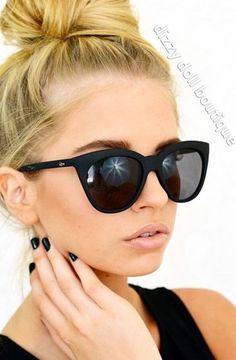 Perfect sunglasses!! Want!