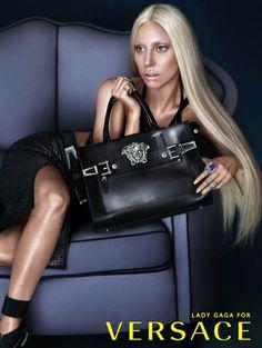 Lady Gaga voor Versace spring/summer 2014 - Zien! Zomercampagnes 2014 #Versace #LadyGaga #campaign #fashion #mode #model #photography #ELLE