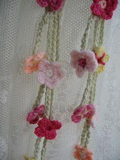 Cherry Heart: Garden Tie-Backs