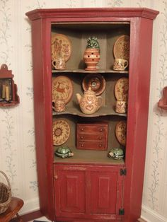 IGMA Artist Barbara Vajnar's Milk Paint Corner Cabinet with Jane Graber Red Ware in Dolls & Bears, Dolls' Miniatures & Houses, Hand-Made Items Miniature Furniture, Dollhouse Furniture, Regency House, Mini Kitchen, Tiny World, Milk Paint, Dollhouse Miniatures, Bookcase, Pottery