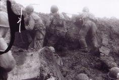 Pointe du Hoc: Rangers au combat dans un cratère de bombe