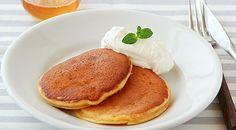 大豆粉を使った、さっくり軽いパンケーキです。お食事としてもどうぞ。<br /><span>一人分の原価:34.8円</span>