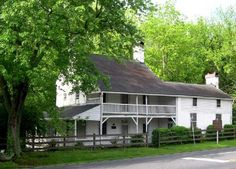 Mendenhall Plantation  A Quaker Homeplace in Jamestown, North Carolina           Built in the center of Old Jamestown, near the intersection of what were then known as Federal and Union Streets, Richard Mendenhall's house served as a gathering place for residents and a stopover for travelers.   http://www.mendenhallplantation.org/