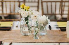THE NORWEGIAN WEDDING BLOG | Inspirasjon Brud og Bryllup | Ultimate Bridal Inspirations: Ekte Låvebryllup av Q Avenue Photo | First Look