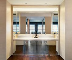 15 EXAMPLES OF DOUBLE SINKS http://tuzvbiber.blogspot.com.tr/2014/02/15-different-double-sinks-in-bathroom.html
