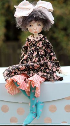 """BEAUTIFUL OUTFIT BY CONNIE LOWE Marbled Halls FOR 17"""" TWIG DOLL"""